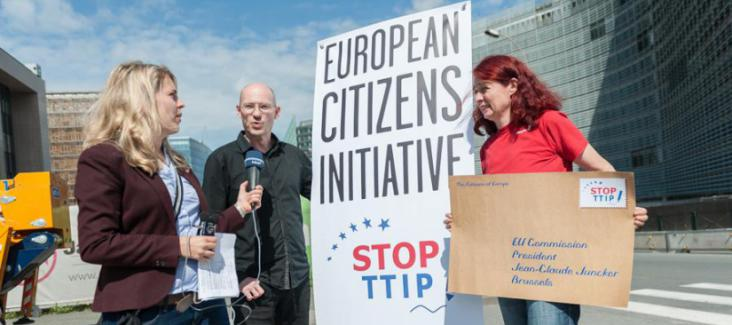 Michael Efler of Mehr Demokratie and Maritta Strasser of Campact in Brussels. Photo by Felix Kindermann