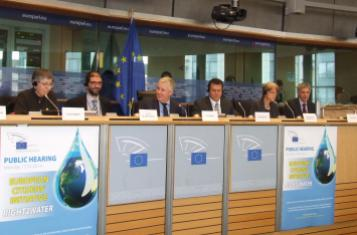 "The panel of the first ECI hearing on ""Right2Water"""