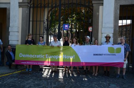 Signature Delivery Democratic Europe Now Bratislava Castle
